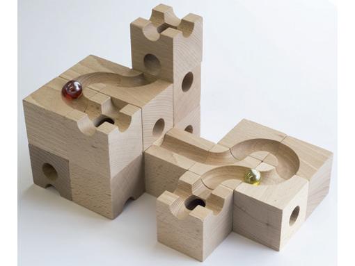 キュボロは子供が遊べるの?証拠をお見せします。